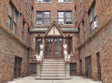 225 East 202nd Street, Bronx, NY