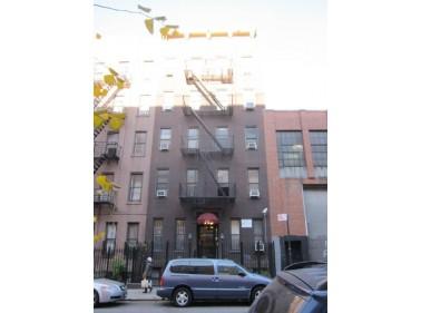 527 West 48th Street, New York, NY