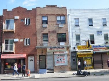 818 Myrtle Avenue, Brooklyn, NY