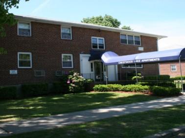 Crestwood Lake Apartments, Yonkers, NY