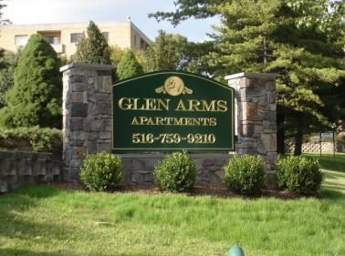 Glen Arms, Glen Cove, NY