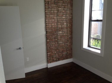 285 Cornelia St, Brooklyn, NY