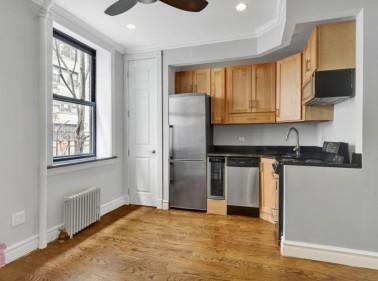330 East 35th Street, New York, NY