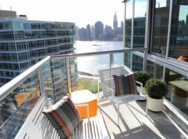 4615 Center Boulevard, Long Island City, NY